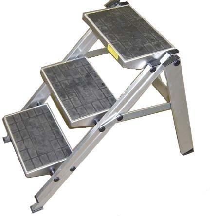 Step& ladders & scaffolding